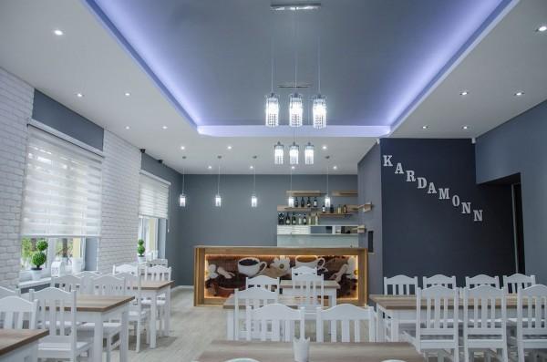 wnętrze restauracji Kardamonn